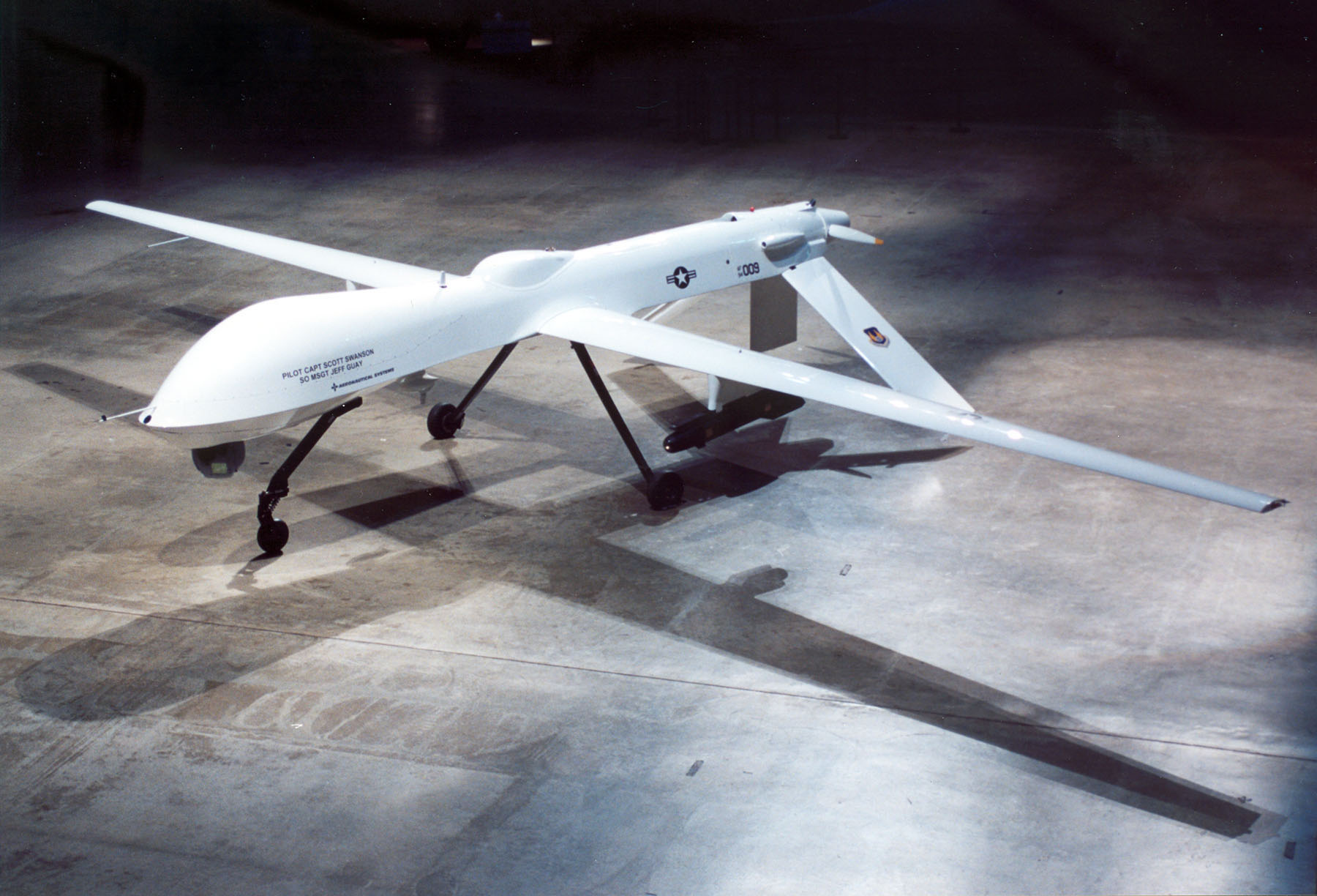 fly drones for the air force with Predator Drone That Started It All on France Trains Eagles To Attack Drones in addition Iraqi Air Force Got Ch 4b Uav From China further Watch in addition Predator Drone That Started It All as well La Dolce Obliteration Italian Air Force Release Detailed Surveillance Footage Showing Predator Drone Attacks ISIS Terrorists Iraq.